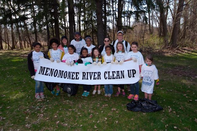 2015_Menomonee_River_Cleanup_Menomonee_Falls (24 of 57)