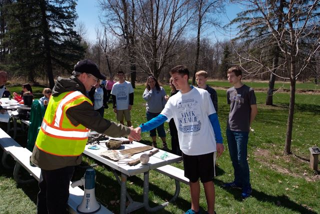2015_Menomonee_River_Cleanup_Menomonee_Falls (56 of 57)