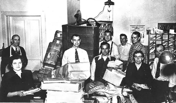 PM Post Office Employees 1952.png