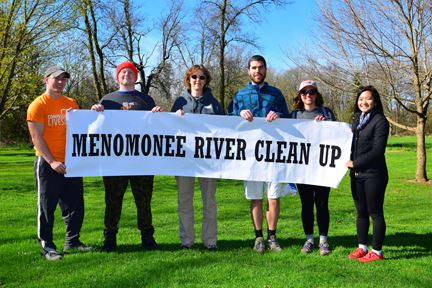Menomonee River Cleanup (12 of 63)