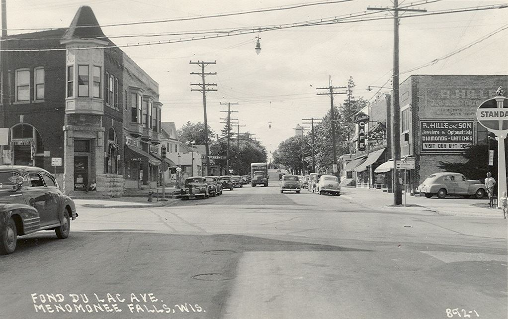 Appleton Ave. and Main Street looking NW.  Bank of Memories now on Left
